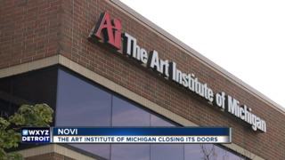 Students, staff upset at Art Institute closing
