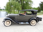 Detroit sightseeing tours in Ford Model A
