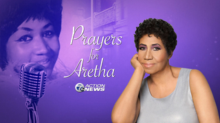 Stevie Wonder visits Aretha Franklin in Detroit