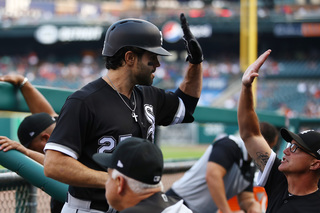 LaMarre's hometown HR helps White Sox top Tigers