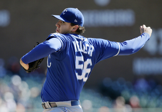 Keller leads Royals to series split with Tigers