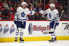 Matthews scores two, helps Leafs beat Red Wings